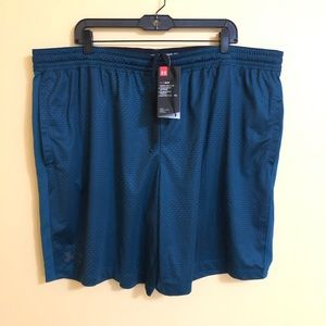 Under Armour Men fitted athletic shorts size 3XL